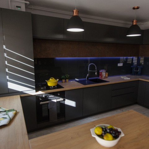 Apartament 3 camere - bucatarie